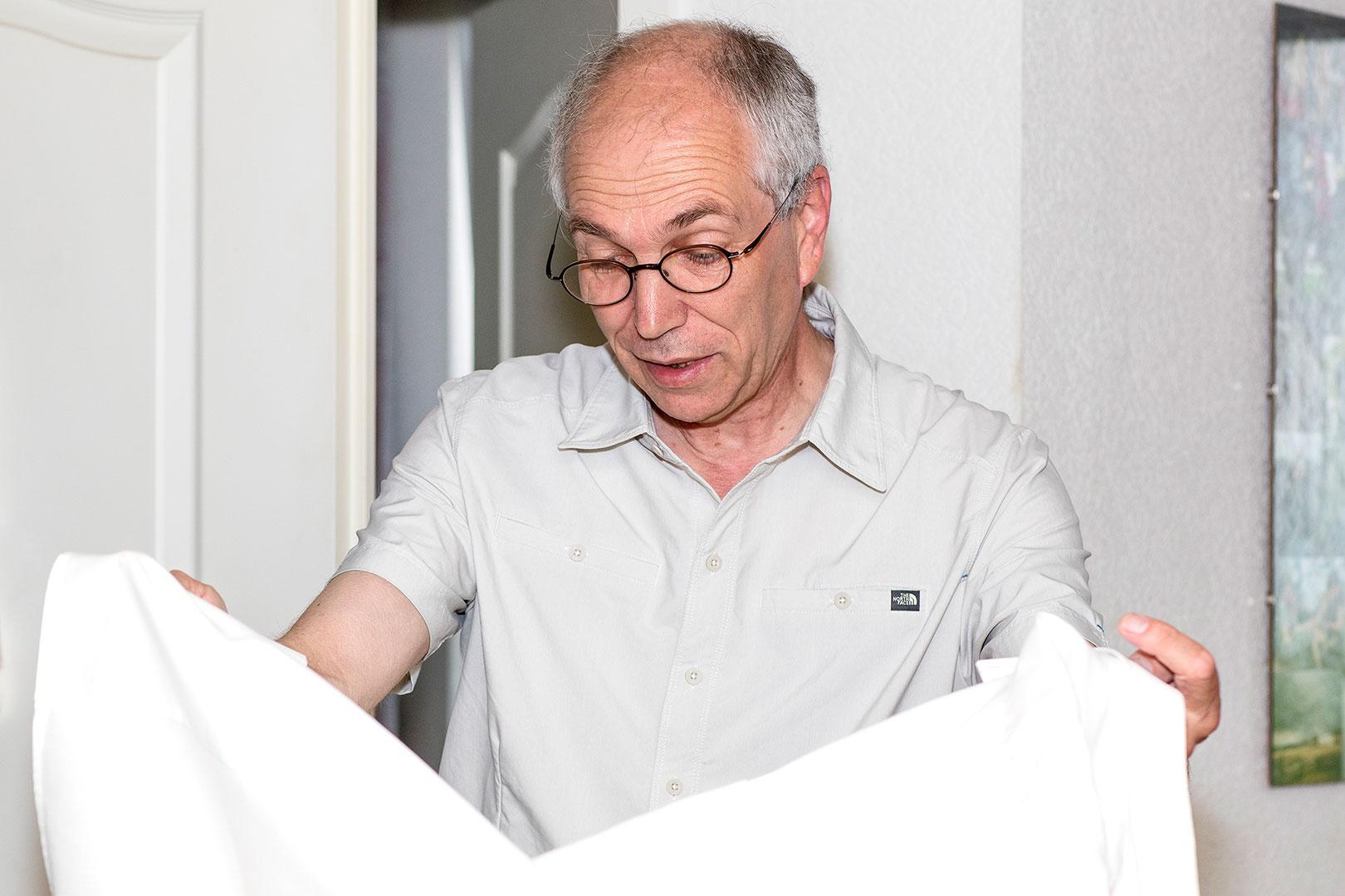 Hochzeitsfotografie: Hochzeitsvorbereitung: Vater sorgt für den richtigen Chic | Foto: Dieter Eikenberg, imprints