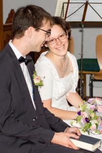 Hochzeitsfotografie: Hochzeitspaar in der Kirche | Foto: Dieter Eikenberg, imprints