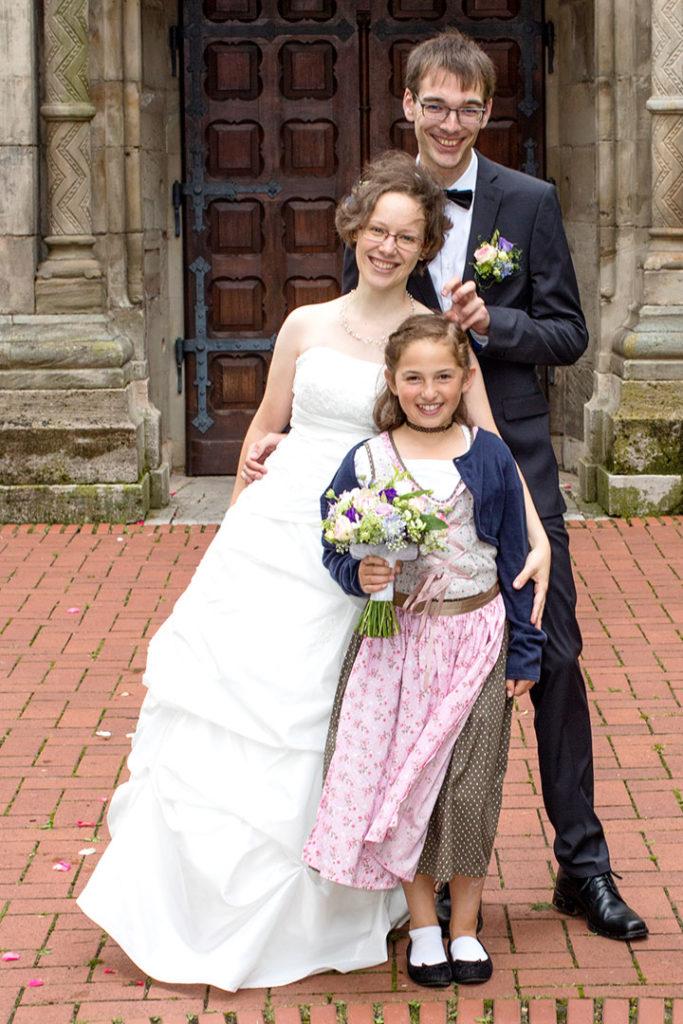 Hochzeitsfotografie: Hochzeitspaar mit Kind | Foto: Dieter Eikenberg, imprints