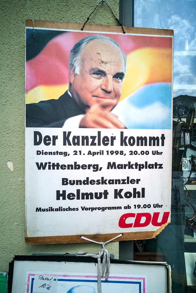 Regionalporträt: Plakat Kohl in Wittenberg   Foto: Dieter Eikenberg, imprints