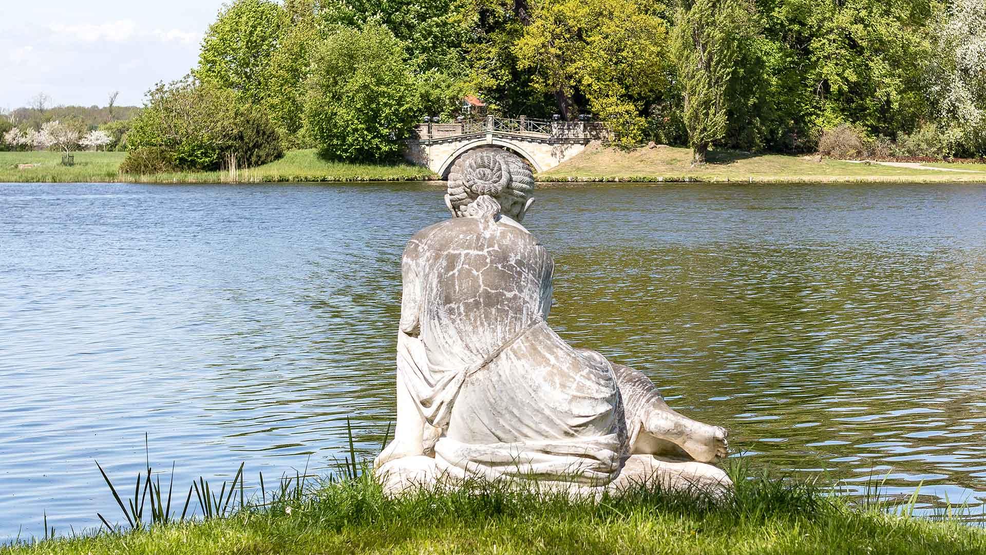Landschaftsfotografie, Regionalporträt: Wurlitzer Park – Figur und Brücke | Foto: Dieter Eikenberg, imprints