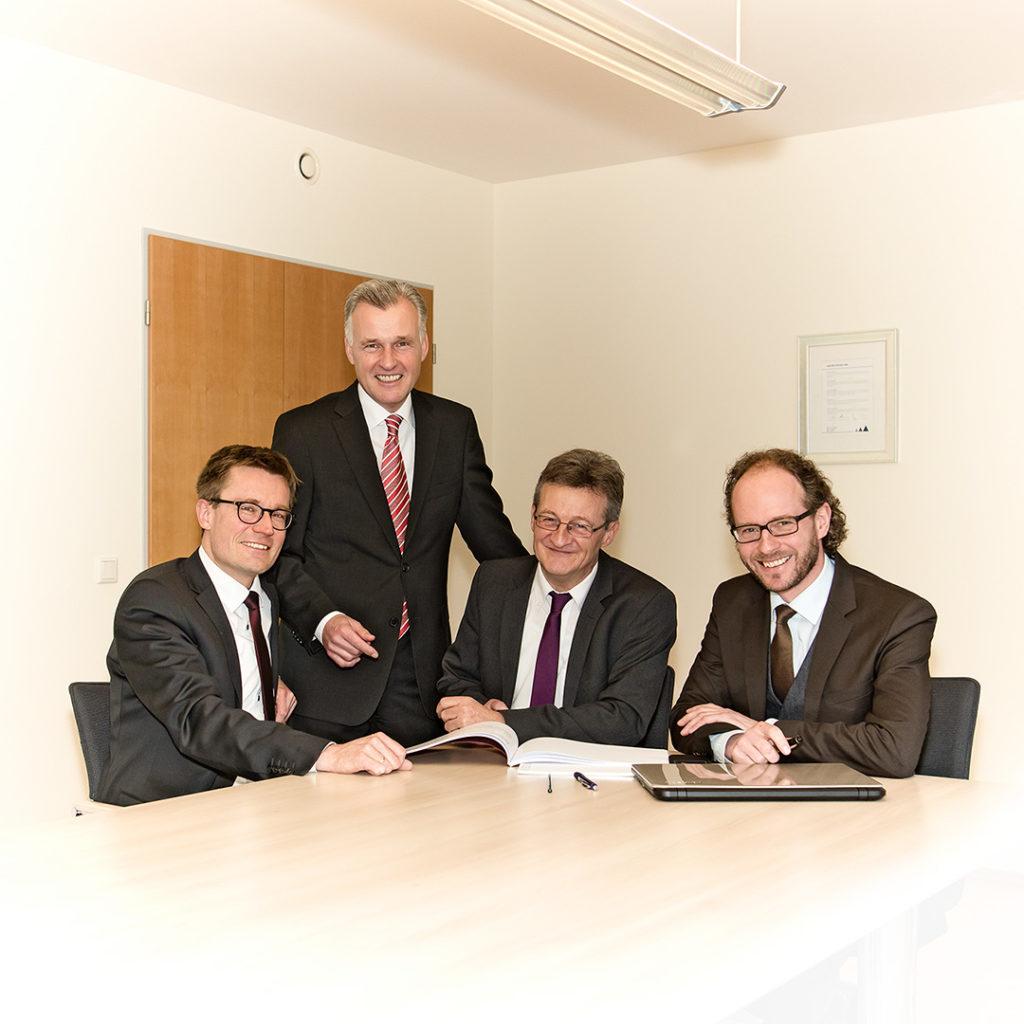 Porträtfotografie, Fotos aus der Arbeitswelt, Teamfoto: Rechtsanwälte | Foto: Dieter Eikenberg, imprints