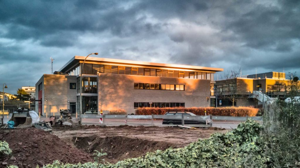 Gebäude im Spotlight der Sonne | Foto: Dieter Eikenberg, imprints