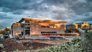 Architekturfotografie: Gebäude im Spotlight der Sonne   Foto: Dieter Eikenberg, imprints