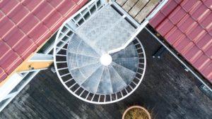 Architekturfotografie, Drohne: Treppenaufgang Dachterrasse   Foto: Dieter Eikenberg, imprints