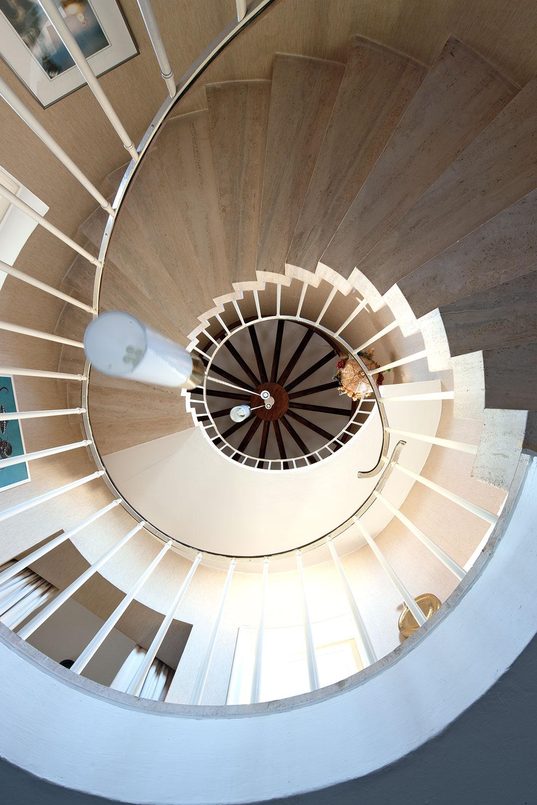 Architekturfotografie, Innenarchitektur: Treppenhaus Turm | Foto: Dieter Eikenberg, imprints