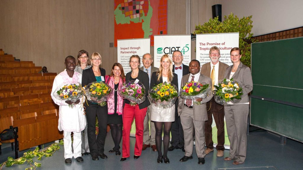 Pressefotografie: Gruppenbild Preisträger | Foto: Dieter Eikenberg, imprints