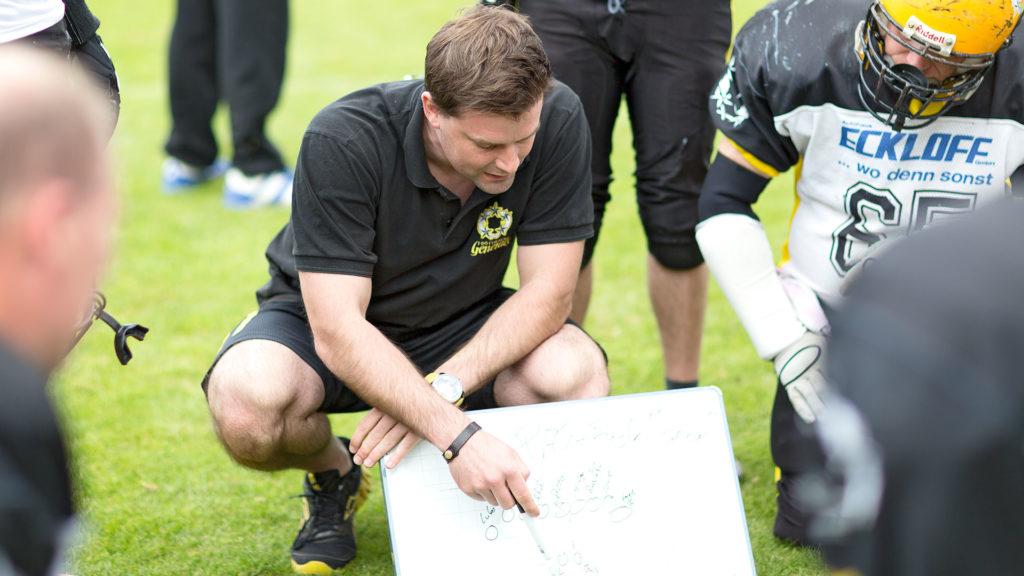 Pressefotografie, American Football: Strategie | Foto: Dieter Eikenberg, imprints
