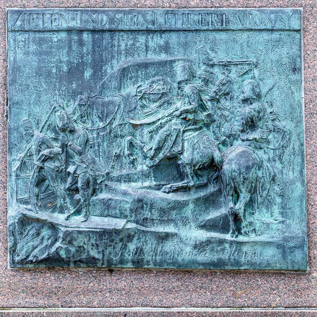 Tafel am Schadow-Denkmal in Wustrau (Hans Joachim von Zieten)