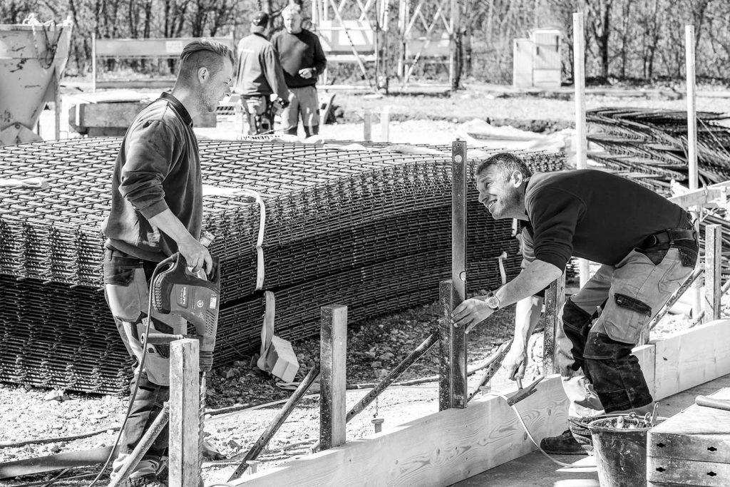 Bauarbeiter in Aktion